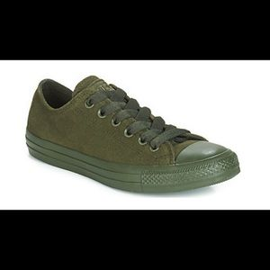 Converse upper leather unisex 9 /wo's 11